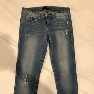 distressed Flying Monkey jeans size 25